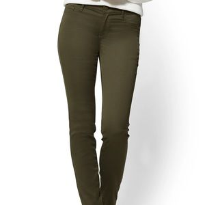 NY&Co Crosby Slim Ankle Jean Olive Green